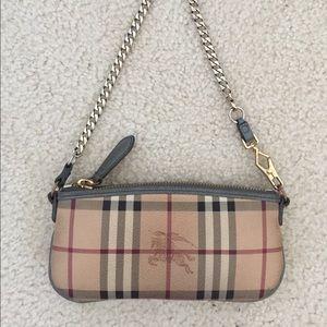 Burberry Bags - 💯 authentic Burberry Clara clutch handbag 37282ec8a5dad